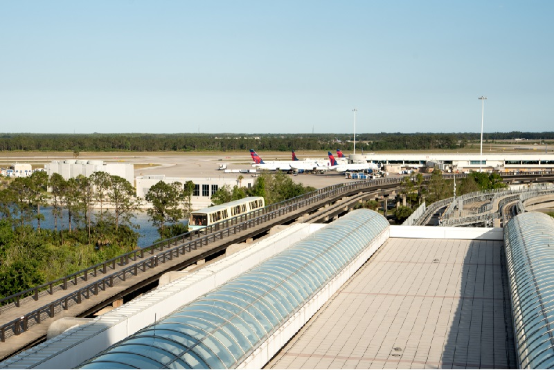 10-Orlando airport