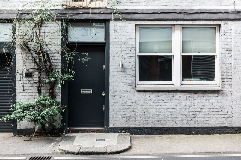 The Complete Guide to Replacing Your Front Door